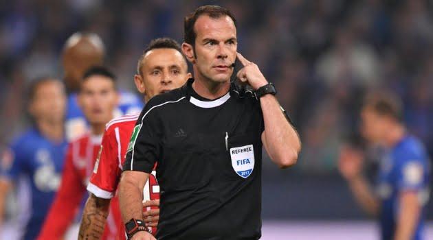 Marco Fritz a acordat un penalty controversat pentru Bayern în meciul cu Schalke