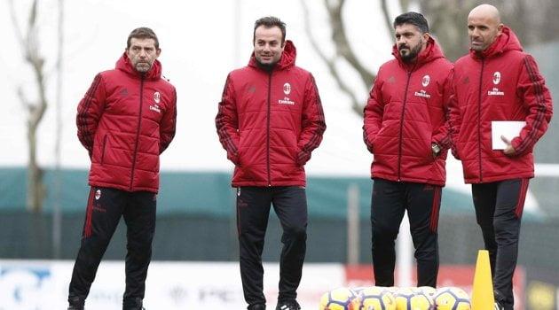 Gennaro Gattuso, noul antrenor al lui AC Milan, alături de staff-ul său