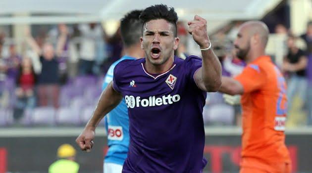 Giovanni Simeone a marcat trei goluri în meciul Fiorentina - Napoli 3-0