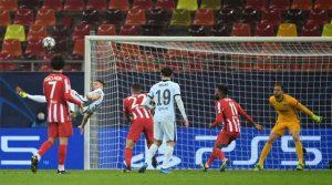 Golul din foarfecă al lui Giroud a decis meciul Atletico Madrid - Chelsea 0-1