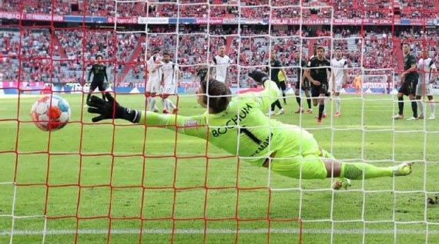 Manuel Riemann, învins de șapte ori în meciul Bayern - Bochum