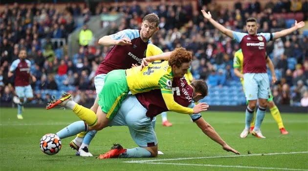 Duel fără goluri între Burnley și Norwich