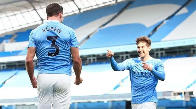 Fundașii centrali Diaz și Stones au marcat pentru Manchester City în victoria cu West Ham, scor 2-1
