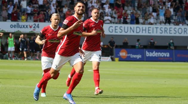 Freiburg a trecut de Dortmund cu 2-1