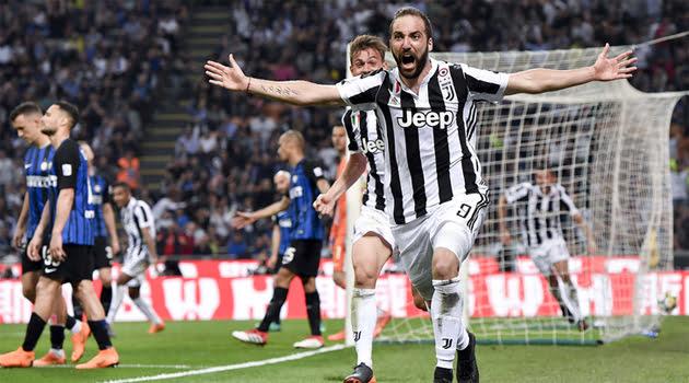 Gonzalo Higuain a marcat golul decisiv al meciului Inter - Juventus 2-3
