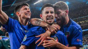 Italia a trecut la penalty-uri de Spania în prima semifinală de la EURO 2020