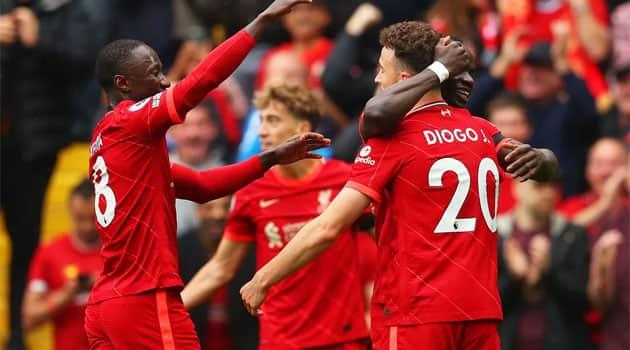 Liverpool s-a impus clar în fața lui Burnley la revenirea spectatorilor pe Anfield