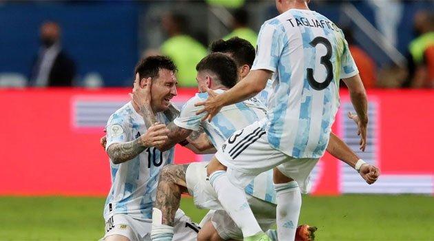 Lionel Messi, în lacrimi după ce Argentina a câștigat Copa America 2021