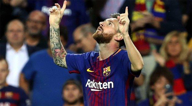 Lionel Messi (Barcelona), Neymar (Paris Saint-Germain), Pierre-Emerick Aubameyang (Borussia Dortmund)
