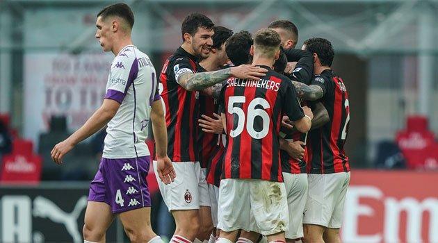 AC Milan a câștigat meciul cu Fiorentina, scor 2-0