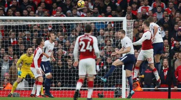 Shkodran Mustafi a deschis scorul în meciul Arsenal - Tottenham 2-0
