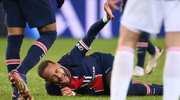 Neymar, accidentat în meciul PSG - Olympique Lyon 0-1