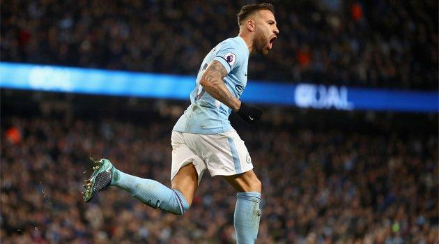Nicolas Otamendi a marcat în meciul Manchester City - West Ham 2-1