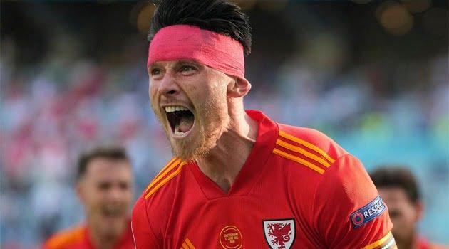 Kieffer Moore, autorul golului de 1-1 în meciul Țara Galilor - Elveția de la EURO 2020