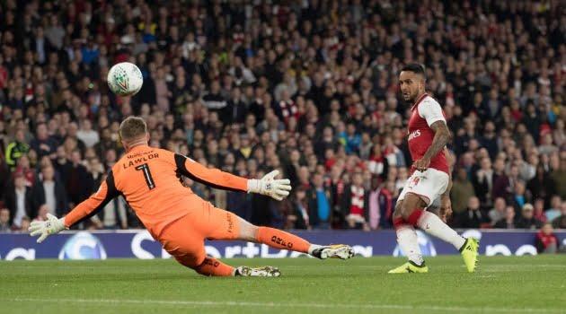 Theo Walcott a marcat singurul gol al meciului Arsenal - Doncaster 1-0