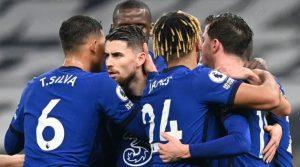 Jucătorii lui Chelsea, după golul marcat pe terenul lui Tottenham (0-1, 4 februarie 2021)