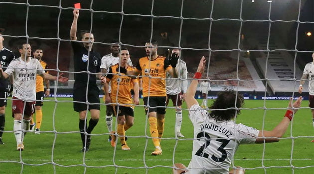 David Luiz, eliminat în meciul Wolverhampton - Arsenal 2-1 (2 februarie 2021)