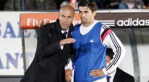 Zinedine Zidane alături de fiul său, Enzo